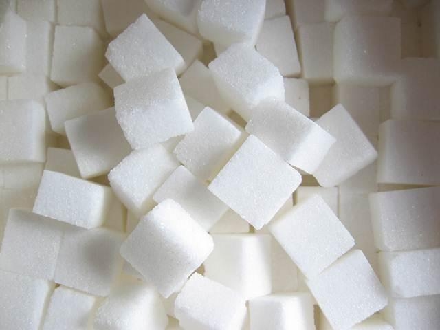 Descubre qué alimentos contienen azúcares escondidos